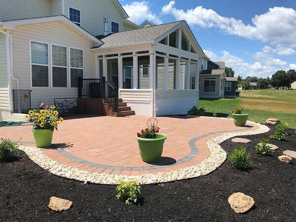 Larger and irregularly shaped patio